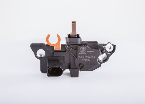 Regulátor alternátora BOSCH F 00M A45 300 F 00M A45 300