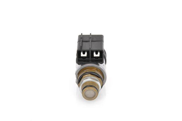 Regulátor tlaku paliva BOSCH F 026 001 015 F 026 001 015