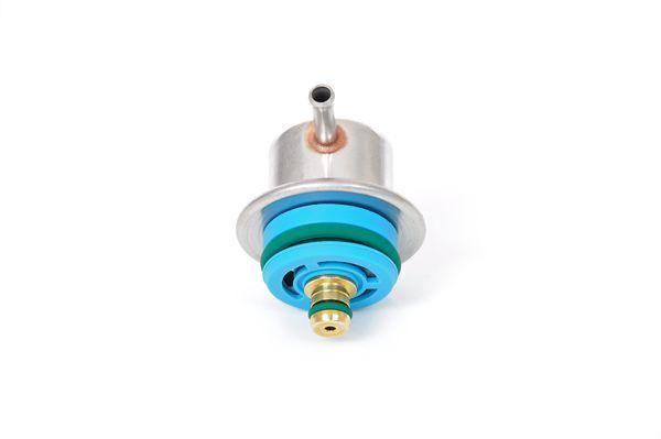 Regulátor tlaku paliva BOSCH 0 280 160 597 0 280 160 597