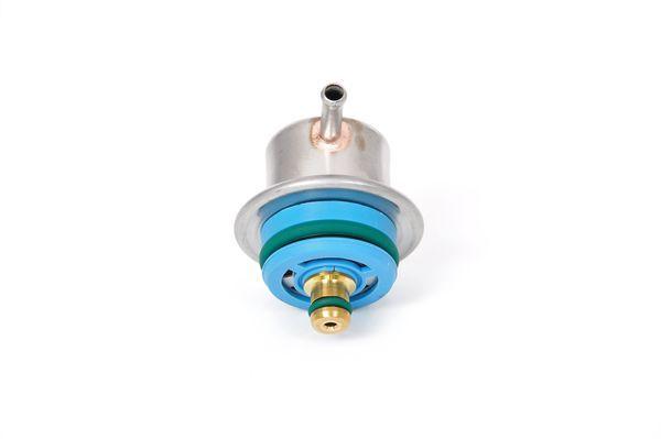 Regulátor tlaku paliva BOSCH 0 280 160 697 0 280 160 697