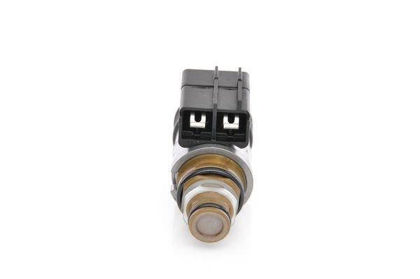 Regulátor tlaku paliva BOSCH F 026 001 014